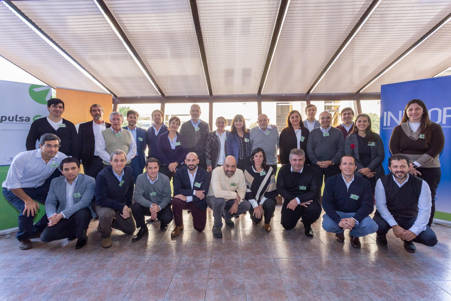 Se crea la Red de Mentores Industriales para acelerar emprendimientos y se profesionaliza su rol con apoyo de técnicos chilenos