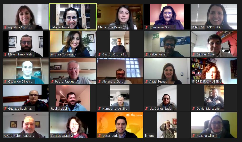 Crónicas: Impulsa Emprendimiento capacita a los integrantes de su Red de Mentores